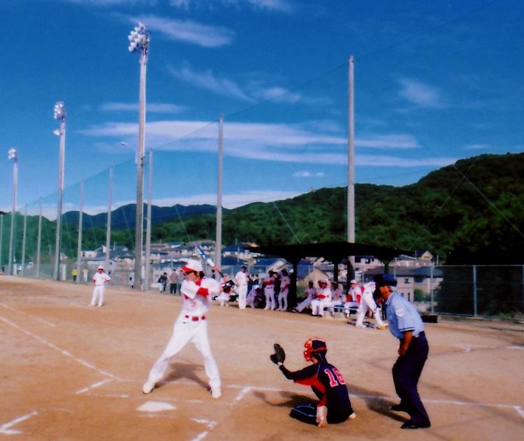 akiyama_sofutoball.jpg