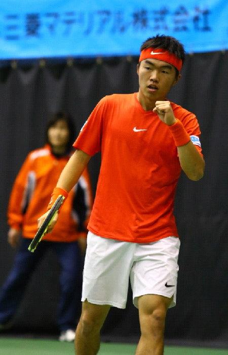 あきやま病院 テニス部 川上倫平選手